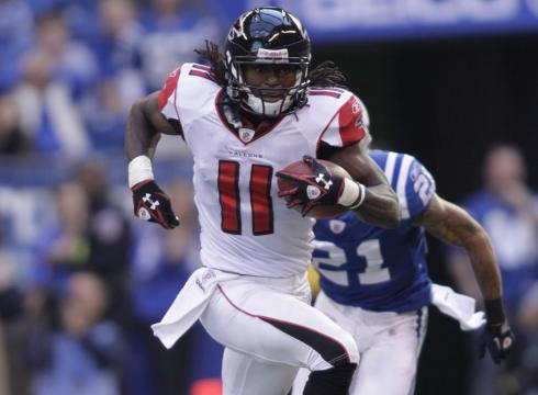 Jones-Falcons-keep-Colts-winless-31-7-PIIGJQ5-x-large