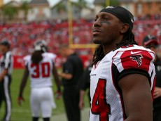 TAMPA, FL - NOVEMBER 09:  Roddy White #84 of the Atlanta Falcons looks on during a game against the Tampa Bay Buccaneers at Raymond James Stadium on November 9, 2014 in Tampa, Florida.  (Photo by Mike Ehrmann/Getty Images)