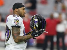 GLENDALE, AZ - OCTOBER 26: Wide receiver Steve Smith #89 of the Baltimore Ravens walks on the field prior to the NFL game against the Arizona Cardinals at University of Phoenix Stadium on October 26, 2015 in Glendale, Arizona.  (Photo by Nils Nilsen/Getty Images)