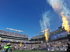 BALTIMORE, MD - NOVEMBER 15:  General view of M&T Bank Stadium before the game between the Baltimore Ravens and the Jacksonville Jaguars on November 15, 2015 in Baltimore, Maryland.  (Photo by Larry French/Getty Images)