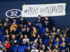 Sabres-fans-pray-for-McDavid