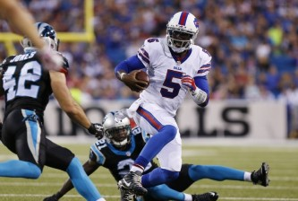 tyrod-taylor-colin-jones-nfl-preseason-carolina-panthers-buffalo-bills-850x560