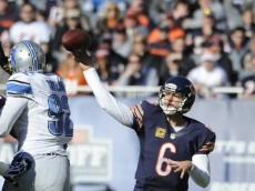 hi-res-187586701-jay-cutler-of-the-chicago-bears-throws-a-pass-against_crop_north