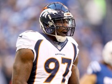 INDIANAPOLIS, IN - NOVEMBER 08:  Malik Jackson #97 of the Denver Broncos celebrates during the game against the Indianapolis Colts at Lucas Oil Stadium on November 8, 2015 in Indianapolis, Indiana.  (Photo by Andy Lyons/Getty Images)