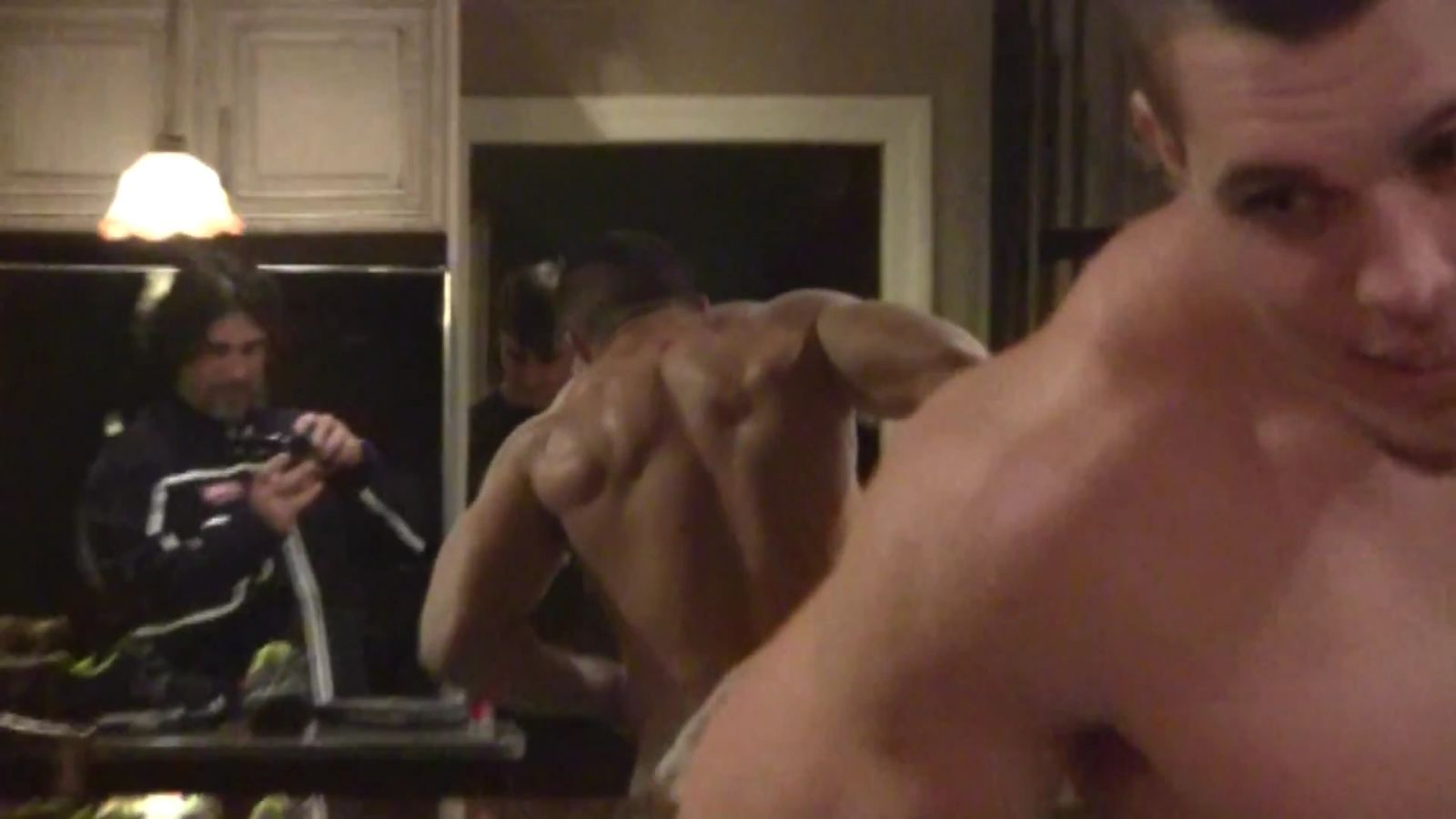 Harrison Smith Shirtless 002
