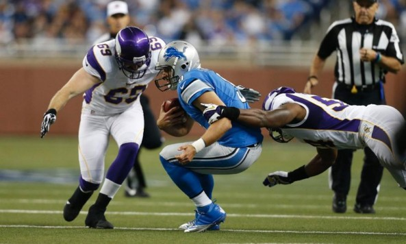 vikings defense lions 001