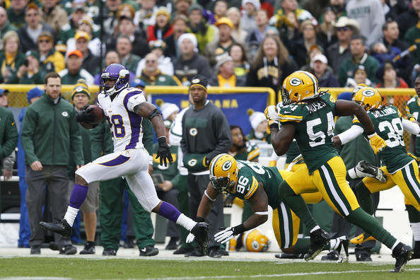 Adrian Peterson beats Packers