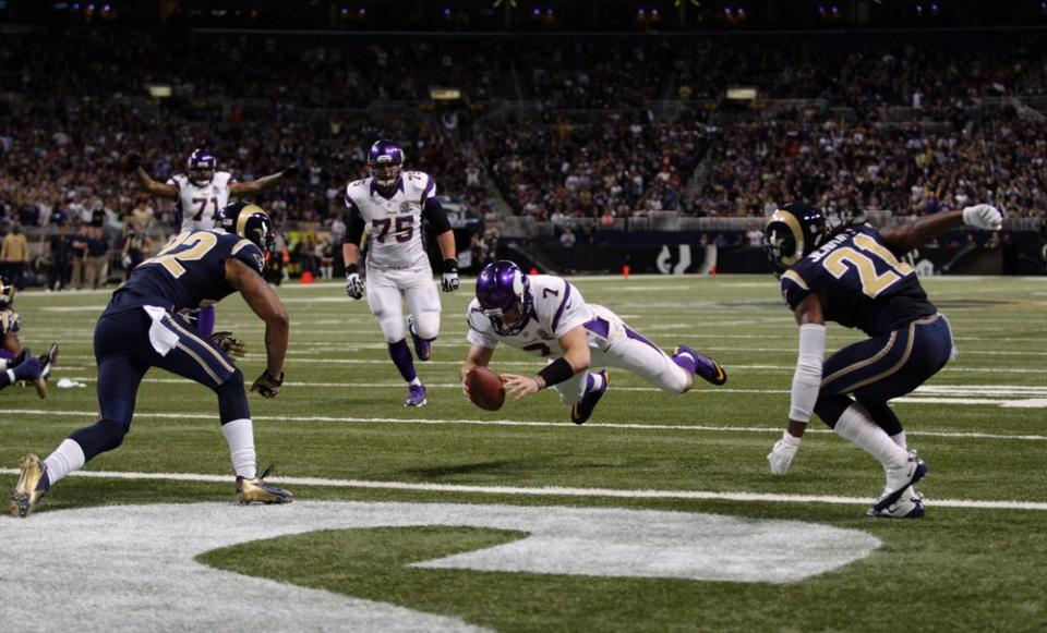 Ponder rushing touchdown versus the Rams