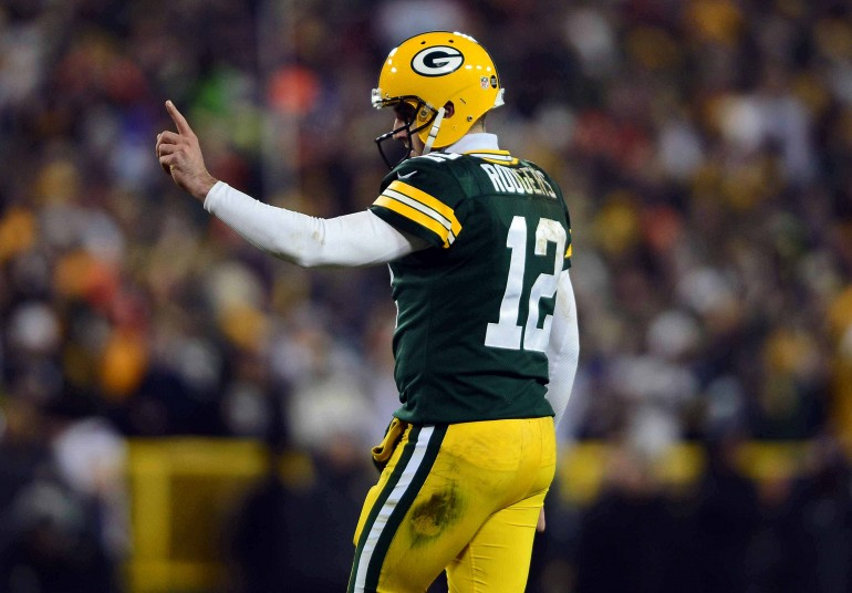 Aaron Rodgers Sucks Vikings Packers