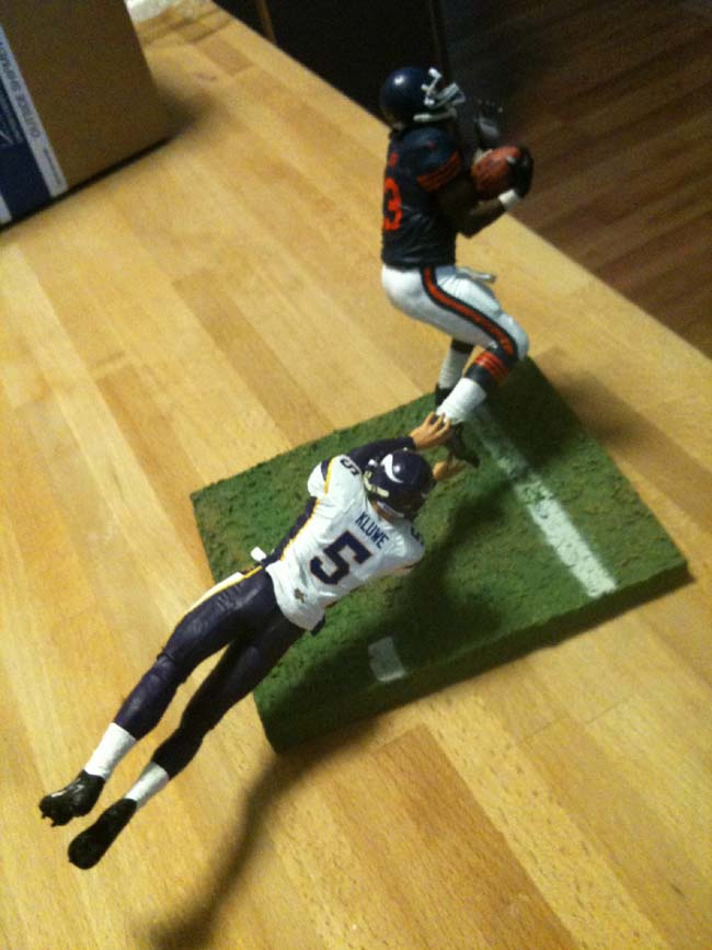 Kluwe Hester Statue