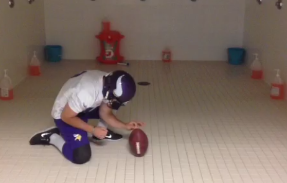 blair walsh holding football