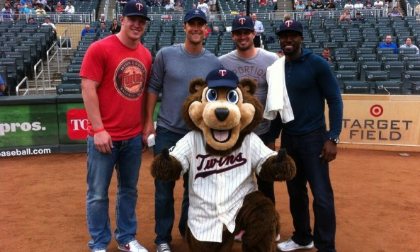vikings players at twins game