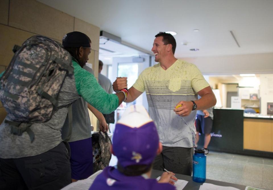 Vikings linebackers camp 2013