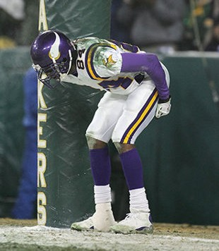 randy moss moons packer fans