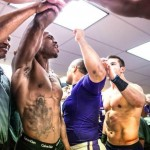 shirtless adrian peterson andrew sendejo