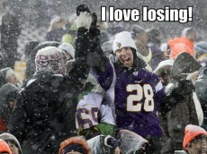 vikings fan loves losing