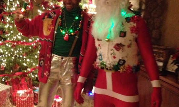 jared allen tight santa pants 001