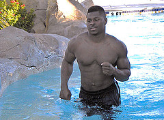 shirtless khalil mack