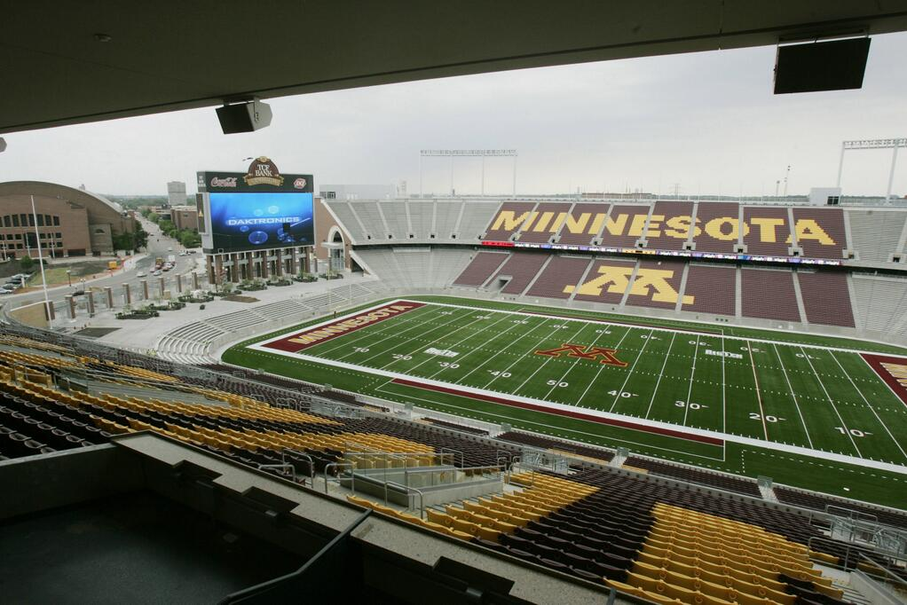tcf bank stadium vikings 002