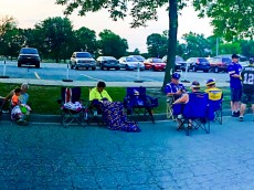 6:00 am line for Bridgewater autographs