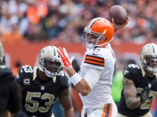 CLEVELAND, OH - SEPTEMBER 14: Quarterback Brian Hoyer #6 of the Cleveland Browns passes during the game against the New Orleans Saints at FirstEnergy Stadium on September 14, 2014 in Cleveland, Ohio.  (Photo by Jason Miller/Getty Images)