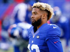 EAST RUTHERFORD, NJ - DECEMBER 20:  Odell Beckham #13 of the New York Giants warms up prior to their game against the Carolina Panthers at MetLife Stadium on December 20, 2015 in East Rutherford, New Jersey.  (Photo by Michael Reaves/Getty Images)