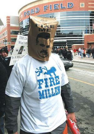detroit-lions-fan-fire-millen