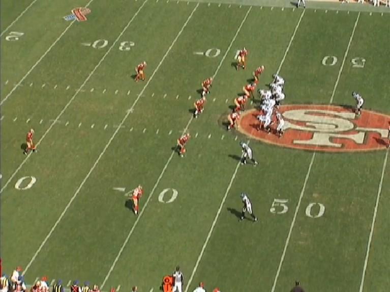 2011_W1_Lynch_run_sideline_pre-snap