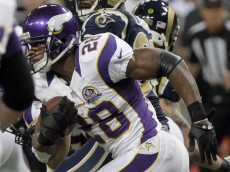 Adrian-Peterson-Rams-2012