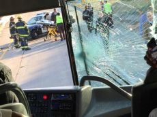 bus-crash-redskins-pierre garcon