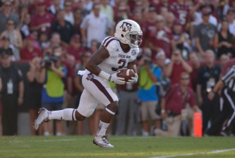 COLUMBIA, SC - AUGUST 28:  Trey Williams #3 of the Texas A&M Aggies runs against the South Carolina Gamecocks during their game at Williams-Brice Stadium on August 28, 2014 in Columbia, South Carolina.  (Photo by Grant Halverson/Getty Images)