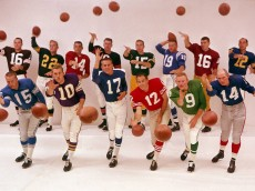 Group shot of NFL quarterbacks in the early 1960s.