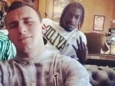 Johnny-Manziel-Griffin-selfie