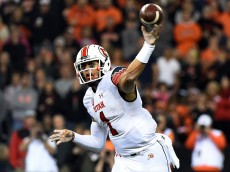 CORVALLIS, OR - OCTOBER 16: Quarterback Kendal Thompson #1 of the Utah Utes passes the ball during the first half of the game Oregon State Beavers at Reser Stadium on October 16, 2014 in Corvallis, Oregon.  (Photo by Steve Dykes/Getty Images)