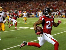 ATLANTA, GA - OCTOBER 11:  Robert Alford #23 of the Atlanta Falcons returns an interception for a touchdown in their 25-19 overtime win against the Washington Redskins at Georgia Dome on October 11, 2015 in Atlanta, Georgia.  (Photo by Kevin C. Cox/Getty Images)