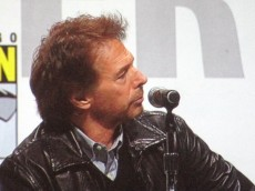 Jerry_Bruckheimer_at_Sorceror's_Apprentice_panel_at_WonderCon_2010