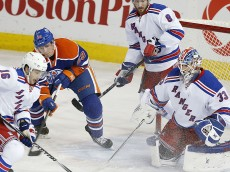 1396236193000-USP-NHL-New-York-Rangers-at-Edmonton-Oilers