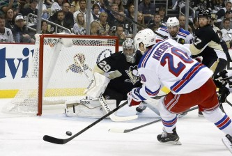 marc-andre-fleury-chris-kreider-nhl-stanley-cup-playoffs-new-york-rangers-pittsburgh-penguins