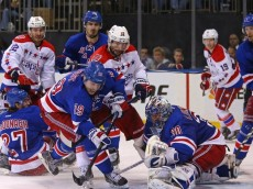 jesper-fast-henrik-lundqvist-nhl-stanley-cup-playoffs-washington-capitals-new-york-rangers-850x560