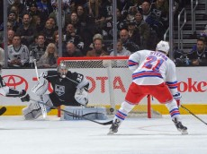Stepan Shoots on Quick 01.08.15 - Andrew D. Bernstein-NHLI via Getty Images
