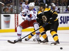635569608627588646-USP-NHL-New-York-Rangers-at-Boston-Bruins