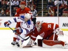 635611124380291466-USP-NHL-New-York-Rangers-at-Detroit-Red-Wings
