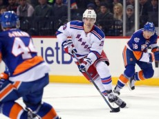 chris-kreider-nhl-new-york-rangers-new-york-islanders-768x0