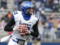 Dec 7, 2013; East Hartford, CT, USA; Memphis Tigers quarterback Paxton Lynch (12) looks to pass against the Connecticut Huskies in the first quarter at Rentschler Field. Mandatory Credit: David Butler II-USA TODAY Sports