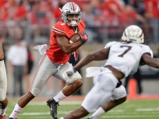 093015-CFB-Braxton-Miller-of-the-Ohio-State-Buckeyes-PI.vresize.1200.675.high.83