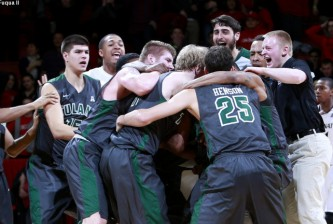Tulane beat Cincinnati Bearcats battles 50 to 49. UC/Joseph Fuqua II