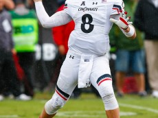WEST LAFAYETTE, IN - SEPTEMBER 10: Hayden Moore #8 of the Cincinnati Bearcats throws the ball against the Purdue Boilermakers at Ross-Ade Stadium on September 10, 2016 in West Lafayette, Indiana.  (Photo by Michael Hickey/Getty Images)