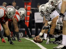 ARLINGTON, TX - JANUARY 12:  The Oregon Ducks snap the ball against the Ohio State Buckeyes during the College Football Playoff National Championship Game at AT&T Stadium on January 12, 2015 in Arlington, Texas.  (Photo by Jamie Squire/Getty Images)