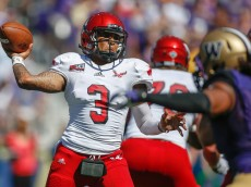 SEATTLE, WA - SEPTEMBER 06:  Quarterback Vernon Adams Jr. #3 of the Eastern Washington Eagles passes against the Washington Huskies on September 6, 2014 at Husky Stadium in Seattle, Washington.  (Photo by Otto Greule Jr/Getty Images)