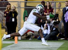 TEMPE, AZ - OCTOBER 29:  Bralon Addison #2 of the Oregon Ducks scores a touchdown in the back of the endzone during the third overtime against the Arizona State Sun Devils at Sun Devil Stadium on October 29, 2015 in Tempe, Arizona. Ducks won 61-55.  (Photo by Norm Hall/Getty Images)